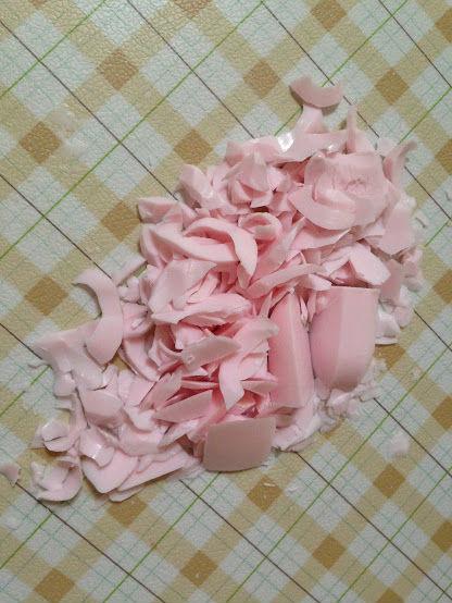 石鹸の彫りカス